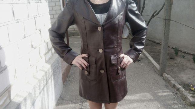 Кожаный пиджак р-р42