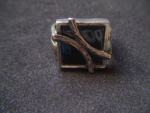 Stara biżuteria Srebrny Pierścionek z czarnym Kamieniem