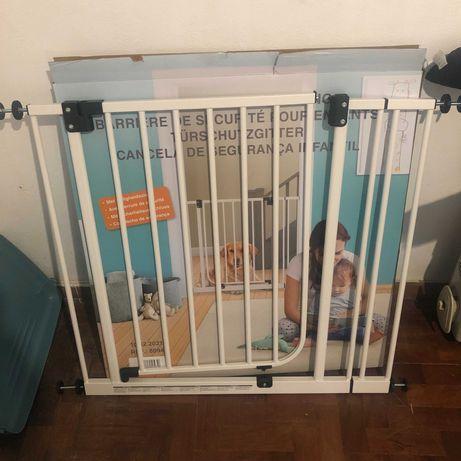 porta segurança cães, barreira para cães, grade para cães