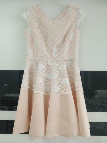sukienka pudrowy róż z koronką rozmiar L