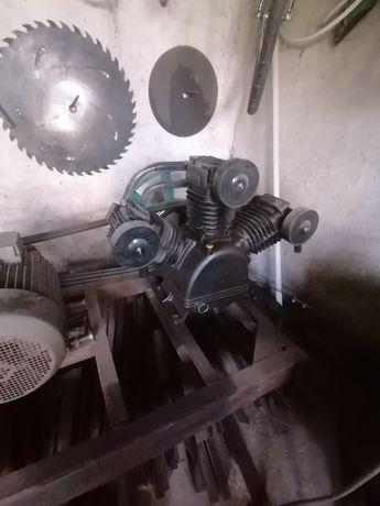 Sprężarka powietrza 2300l/min piaskarka