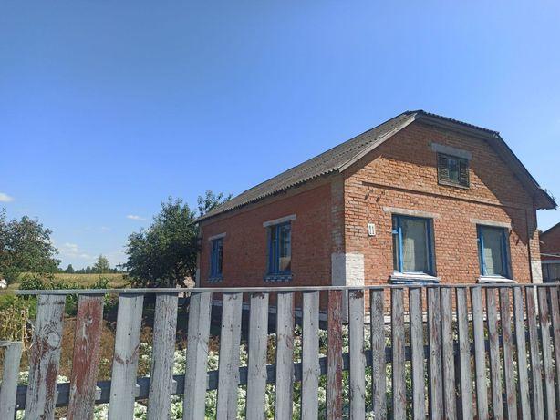 Продаю дом в селе Лукьяновка
