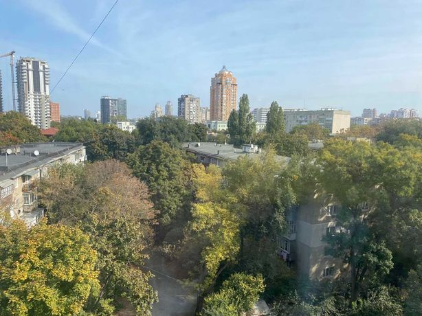 Продам  квартиру 63м2  в  Аркадии , парк Летчиков !  цена 45900у.е.