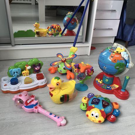 Розвивающие яркие игрушки