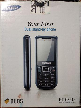 Мобільний телефон телефон Samsung GT-C3212