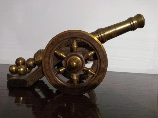 Armatka ręcznie wykonana
