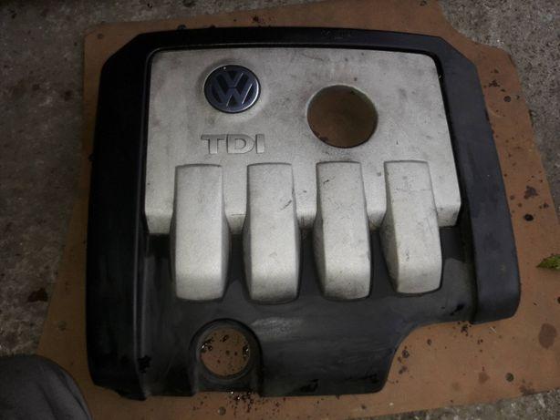 Pokrywa osłona obudowa silnika VW PASSAT B6 2.0 TDI 140KM BKP golf v 5