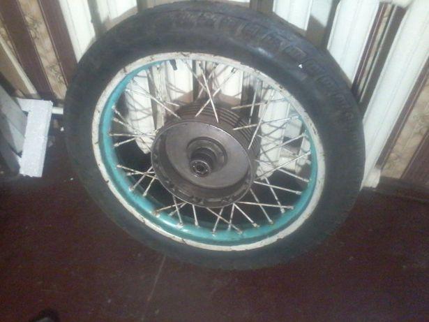 Колесо с мотоцикла ИЖ с покрышкой и камерой