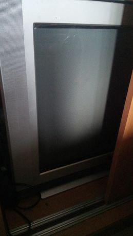Телевізор LG Flatron 25' неробочий