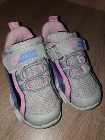 Кроссовки,ботинки на девочку