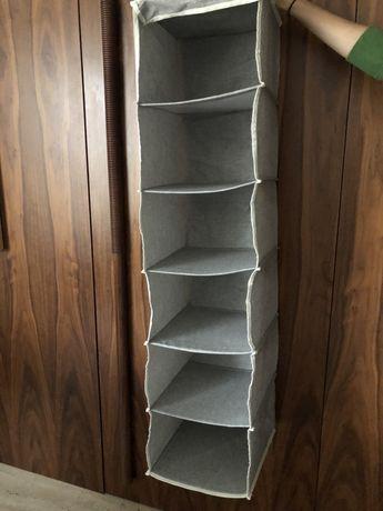 Organização de roupa para armário
