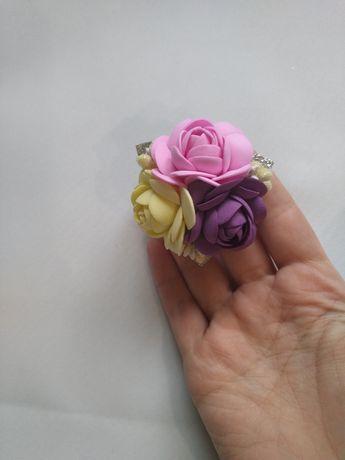 Резинка для волос цветы для девочки детская ручная работа.