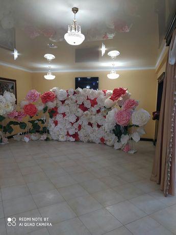 Квіти для фотозони, декор, арка з квітами, фотозона, банер