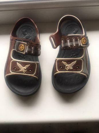 Босоніжки босоножки капчики капці сандалі сандали боссоножки