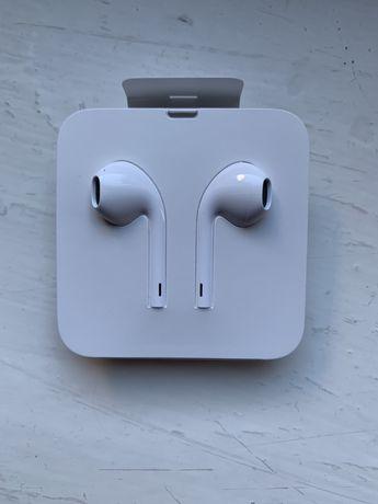 Nowe słuchawki EarPods (wejscie lightning)