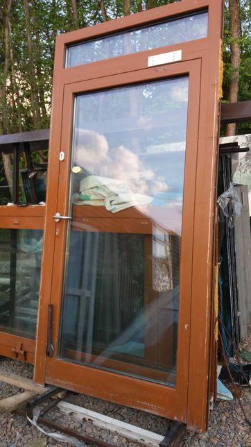 Drzwi aluminiowe zewnętrzne