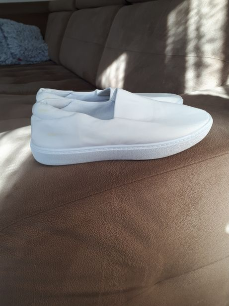 Buty slip on vices
