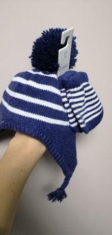 Набір шапочка +рукавички next нові.