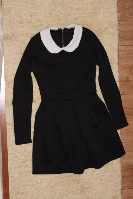 Платье школьное 9-10 лет из фактурной ткани