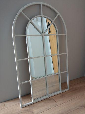 Lustro w kształcie okna biała, metalowa rama