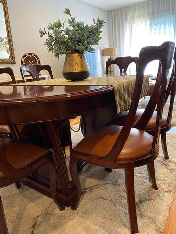 Mesa de Sala de Jantar com 6 Cadeiras