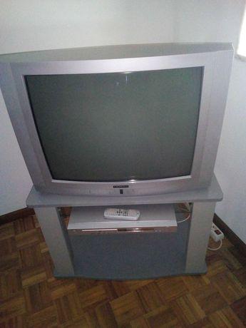 TV crown + DVD+ móvel