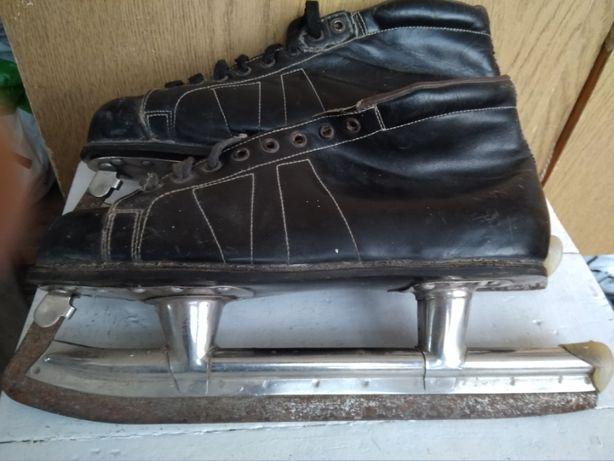 Коньки с ботинками, 38 размер.