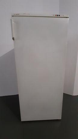 Arca vertical congeladora