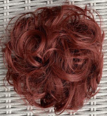Włosy doczepiane, mahoń, kok na gumce ( 104 )