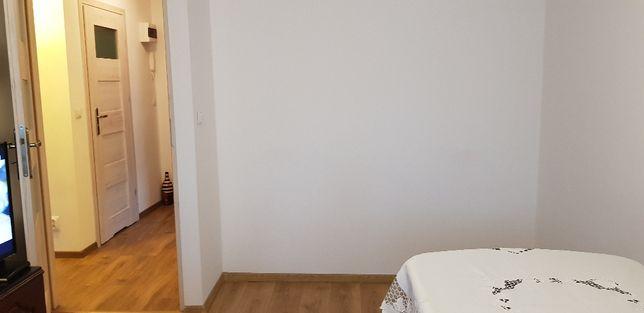 Wynajem mieszkania - metro slodowiec -Zapraszam do negocjacji ;-)