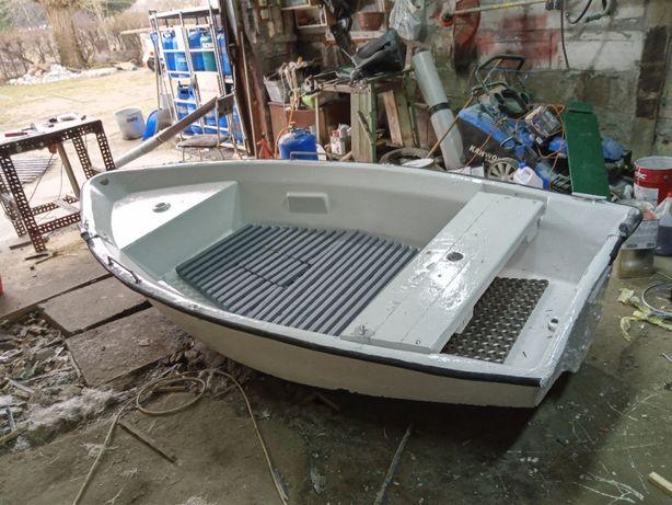 zamienię łódkę wędkarską na echosondę