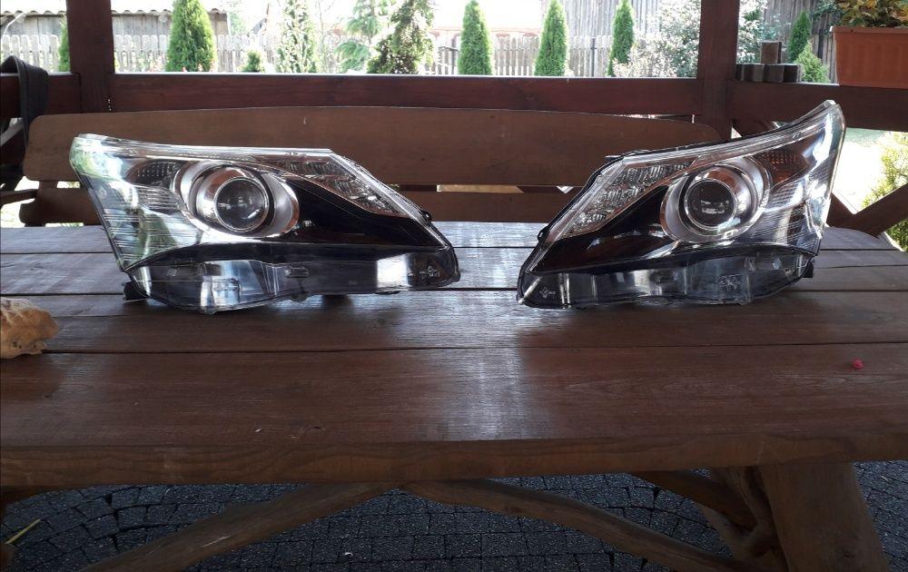 Sprzedam reflektory przednie do Toyoty Avensis T-27 Łomża - image 1