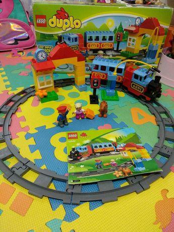 Lego Duplo первый поезд