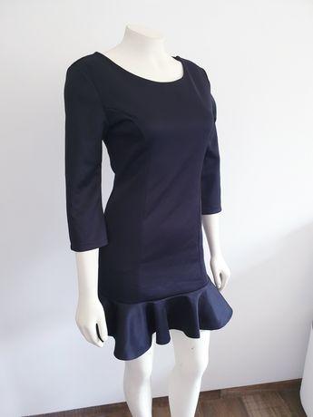Sukienka 36 czarna falbana