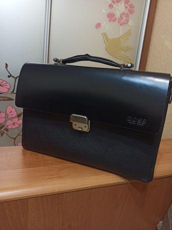 Портфель кожаный мужской  деловой Hugo Boss кожаный