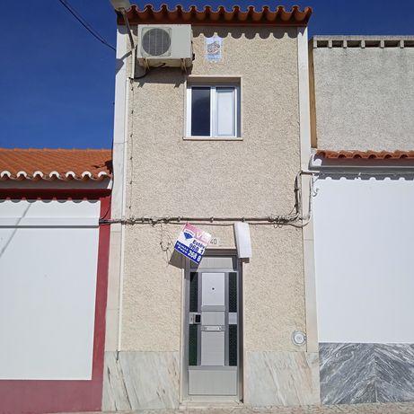 Casa em São Romão, Ciladas