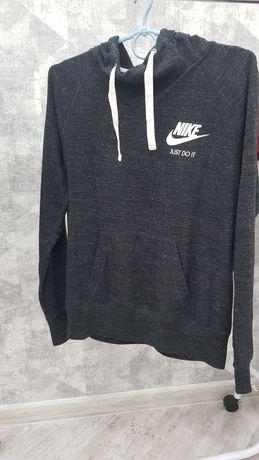 Nike кофта женская спортивная размер М