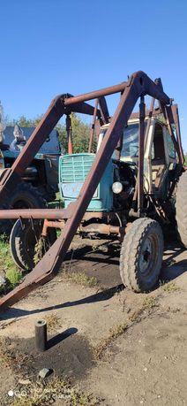трактор ЮМЗ 6 кран с крюком