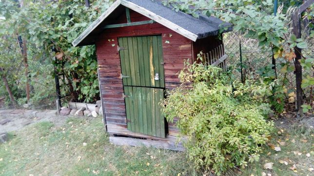 domek drewniany ogrodowy dla dzieci lub na narzędzia  120x120x176