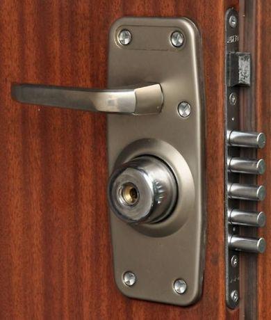 Установка, врезка замка на входные двери