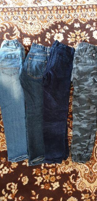 spodnie 4szt. 128