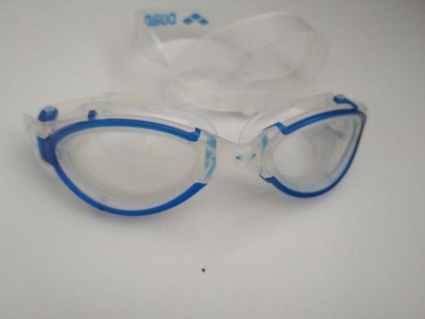 Очки для плавания б/у.