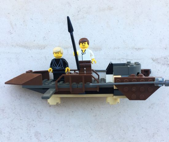 Set 7104 - LEGO Star Wars Desert Skiff, 2000