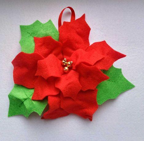 Пуансеттия -Рождественская звезда, новогодний декор из фетра.