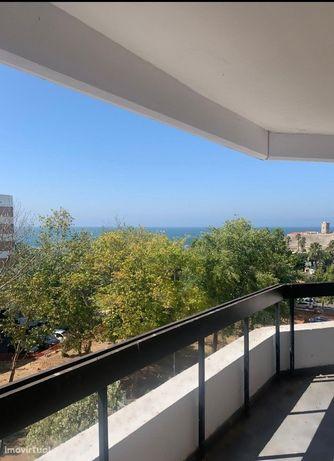 Apartamento T4 Totalmente Renovado, Alto da Barra, Oeiras