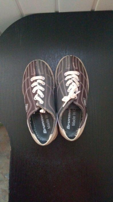 Продам детскую обувь для игры в боулинг 31 размер в отличном состоянии Киев - изображение 1