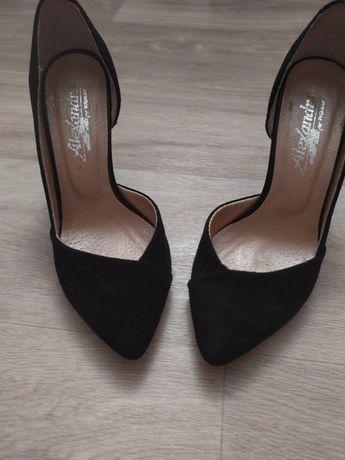 Туфли лодочки черные замшевые