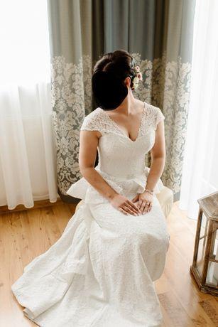 niepowtarzalna suknia ślubna koronka 38-40