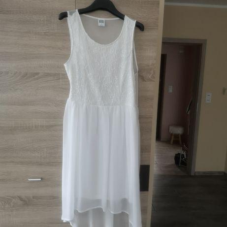 Zwiewna sukienka 40