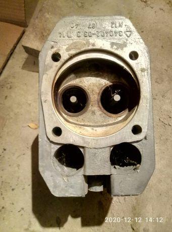 Продам головку цилиндра  с клапаноми авто Робур бензиновый